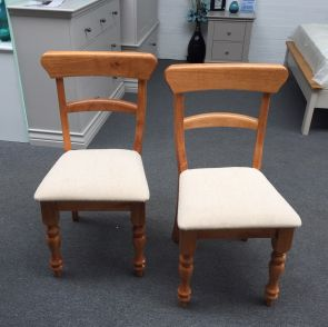 Bismark Pine 2 x Dining Chairs (Clearance)