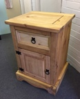 Corona 1 Door 1 Drawer Cupboard - Bedside (Clearance)